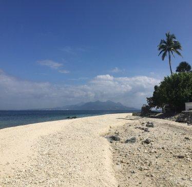 Bonito Island beach