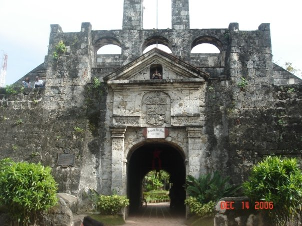 Fort San Pedro in cebu city is both the oldest, and smallest fort in the Philippines.