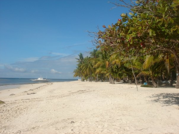 bohol Alona Beach is the main beach of Panglao Island