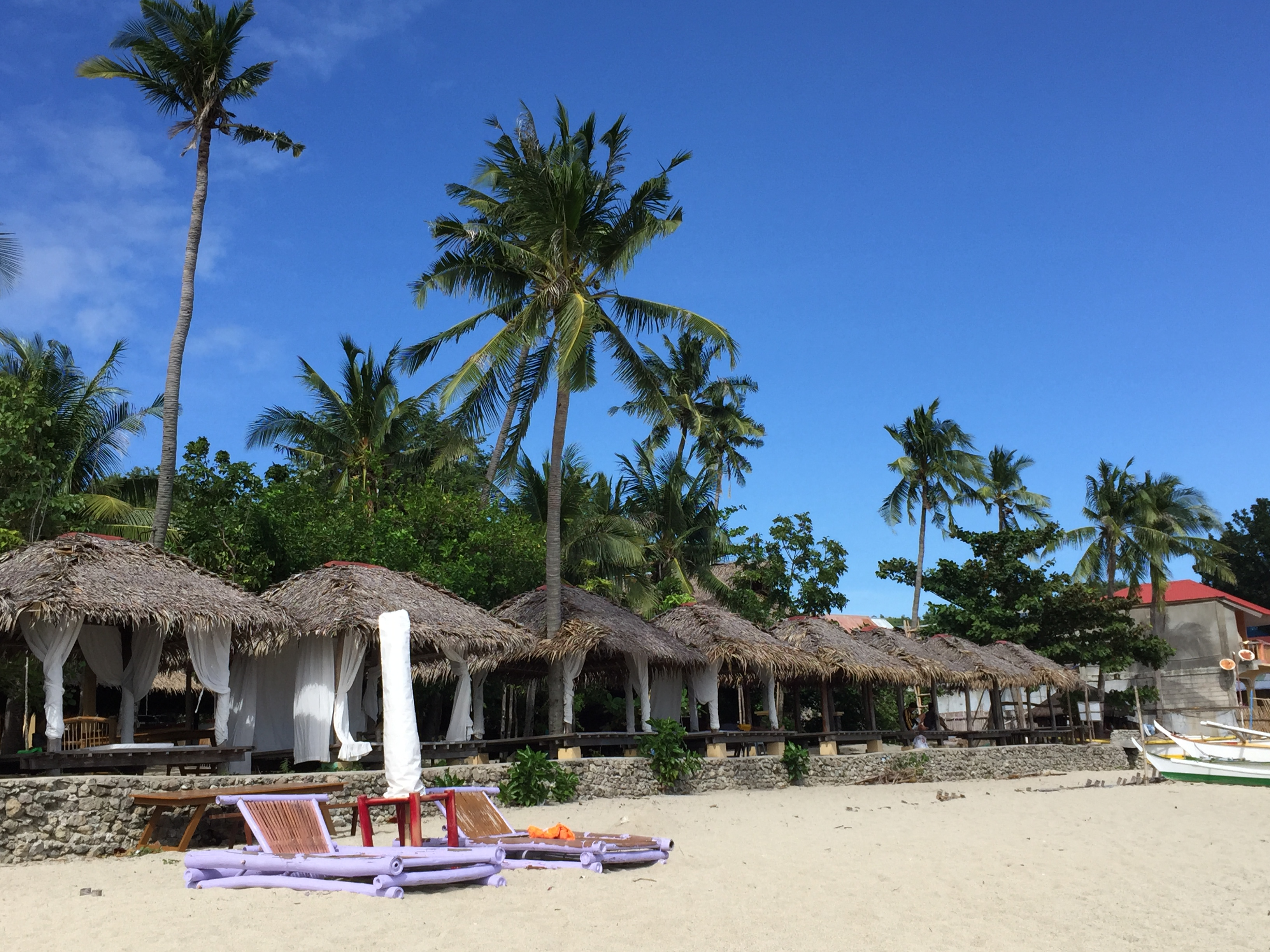 La Luz Beach Resort is more towards the southern end of Laiya