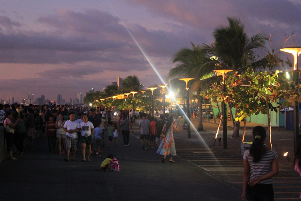 MOA boardwalk bay city manila philippines