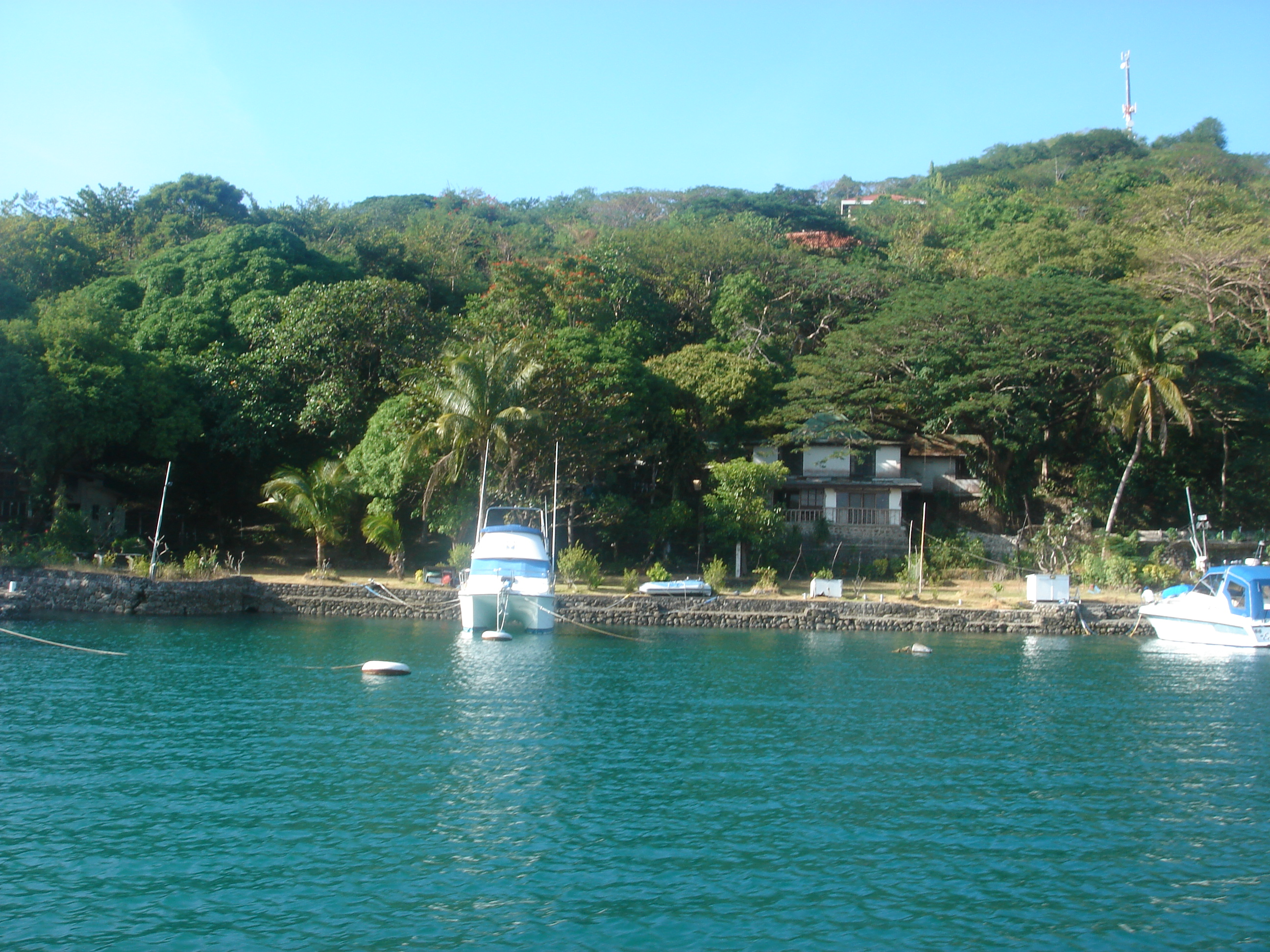 The Maya Maya Yacht Club (MMYC)
