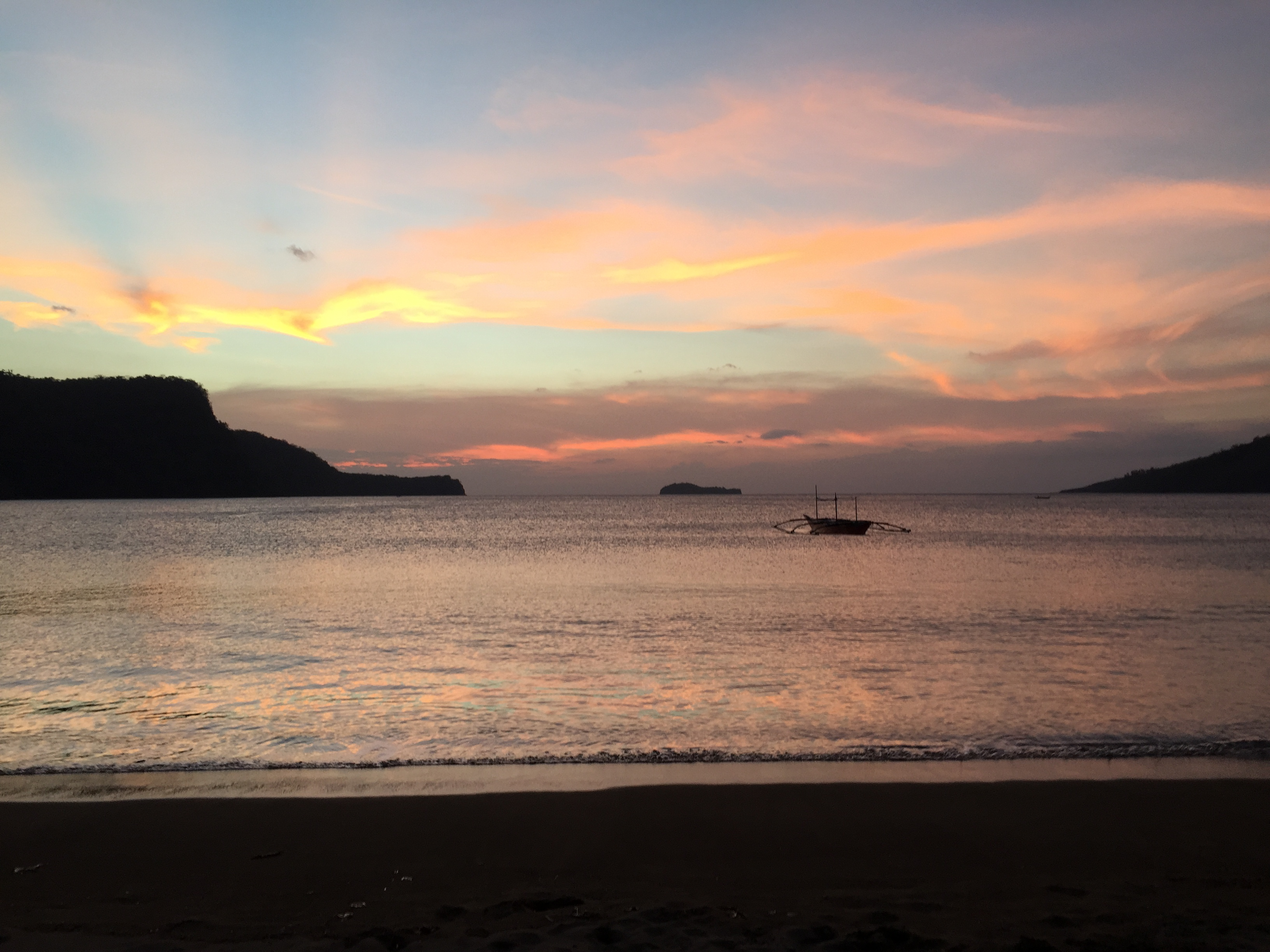 Calayo beach sunset