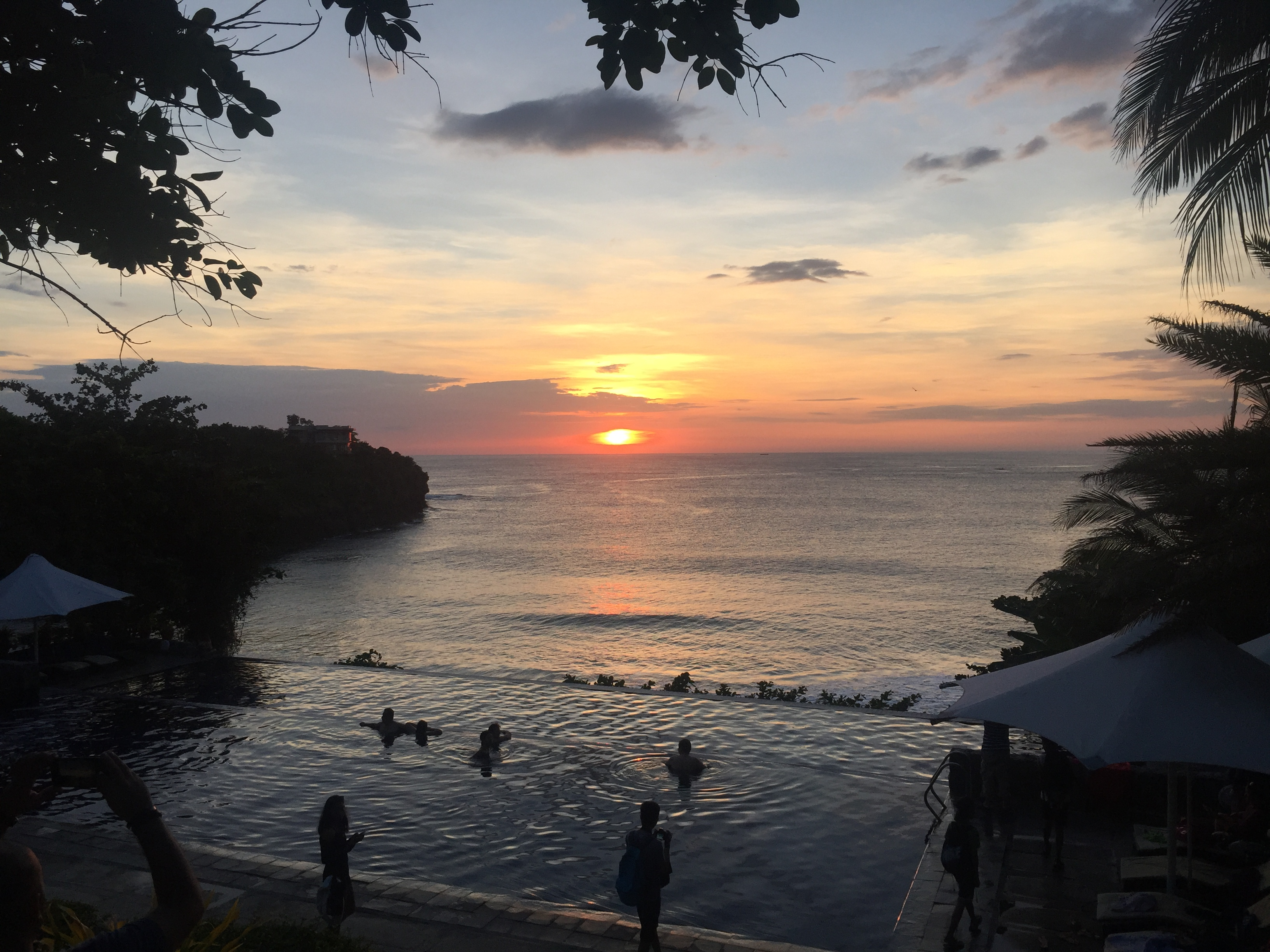 club punta fuego batangas infinity pool sunset