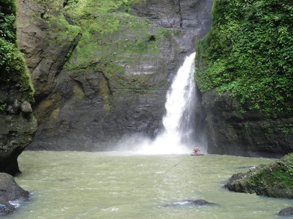 Pagsanjan Falls best 8 waterfalls in the philippines