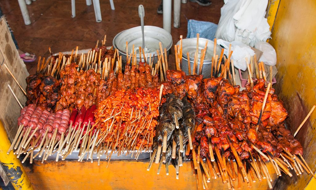 Stay Safe Travelling the Philippines street food